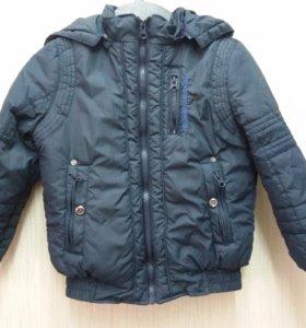 Курточка Chicco р. 122 состояние новой