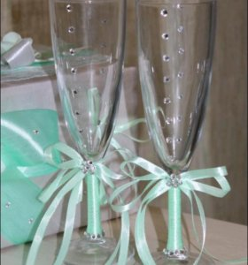 Свадебный набор,бокалы новое,ручная работа
