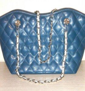 Новая лаковая кожаная сумка  Aimily