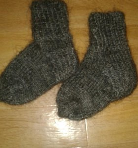 Шерстяные носочки для крошки
