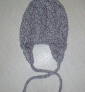 Шапка вязанная теплая