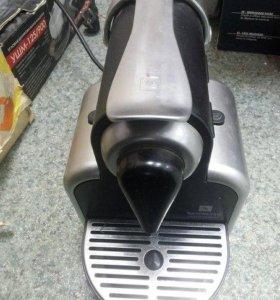 Кофемашина капсульная Nespresso D100