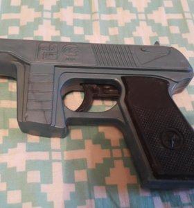 Игрушка СССР Пистолет пластмасса стреляет