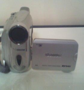 Видео камера Canon mv940