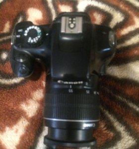"""Полупрофессиональный фотоаппарат """"Canon"""" EOS1100D"""