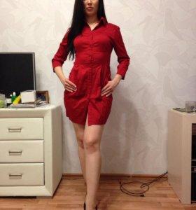 Прекрасное красное платье