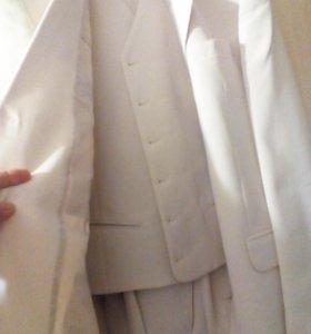 Свадебный костюм тройка