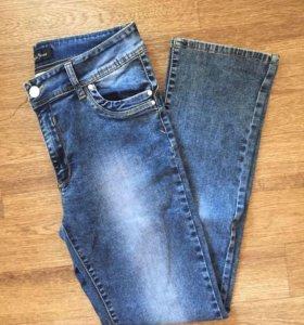 Новые !!!джинсы