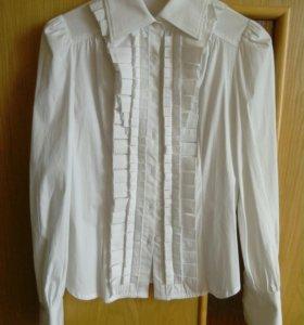 Новая красивая и нарядная белая рубашка/блузка