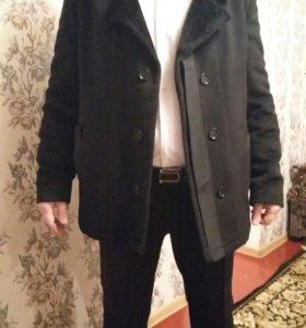Полу пальто.
