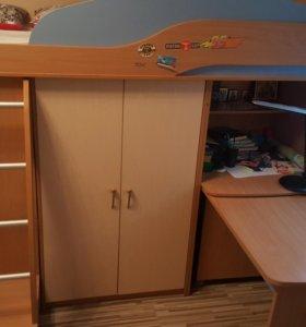 Детская кровать-чердак со шкафом+матрас