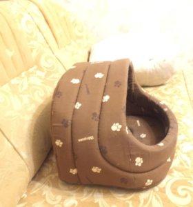 Лежанка-домик для собачки или кошечки