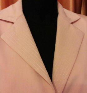 Новый Костюм женский 54 размер Ledy&Gentleman