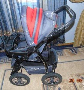 Новая детская коляска зима-лето