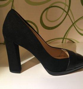 Продам новые туфли Carlo Pazolini 38 размер