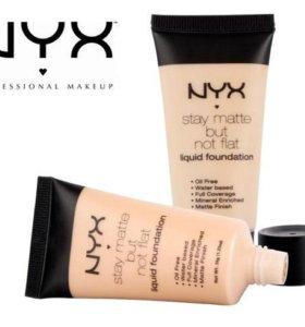 Тональный крем NYX Stay Matte