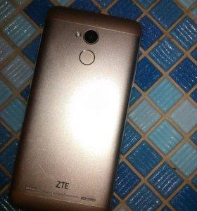 ZTE Blade V7 Lite: стильный смартфон