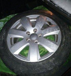 Audi A4 и А6 литые диски и зимняя резина