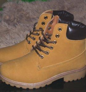 Новые ботинки,маленький размер