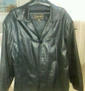 Кожаная куртка 54р
