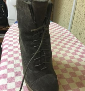 Ботинки зимние р 36