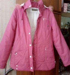 Куртка р-р42-44,демисезонная