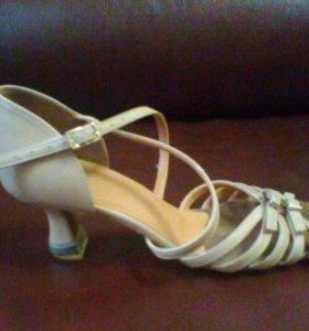 туфли для бальных танцев (латина) 38 р-р. ( 24 см)
