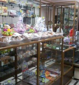 Магазин на цокольном этаже