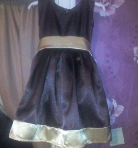 Платье нарядное на 4.6 лет новое