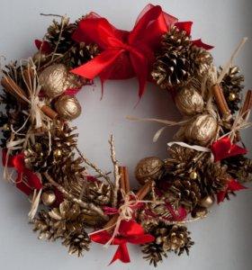 Новогодние венки с декором и заготовки
