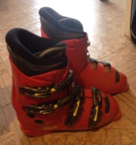 Горнолыжные ботинки Dolomite