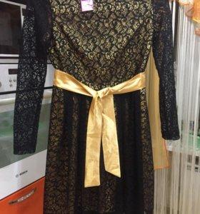 Красивое, кружевное платье