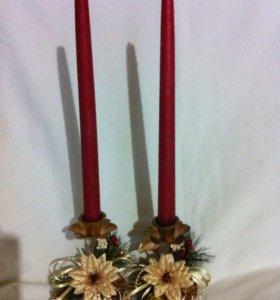 Подсвечники со свечами