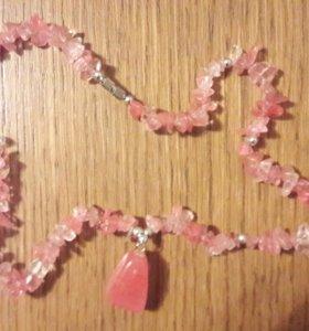 Розовый кварц (бусы)