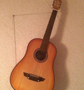 Гитара, 6 струнная, возможно торг.
