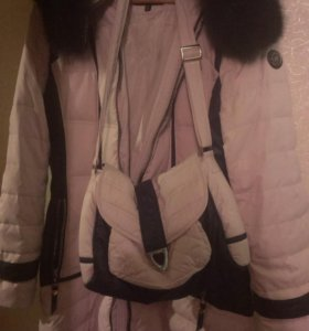 48 размер.Зимнее пальто с сумкой.