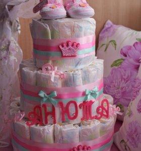 Торт из подгузников. Подарок на выписку