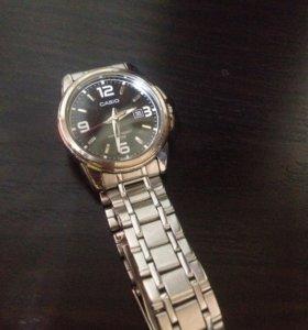Часы женские Casio ,водонепроницаемые