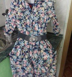Платье.В хорошем состоянии.