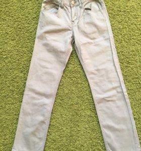Брюки на мальчика, джинсового кроя, фирмы H&M