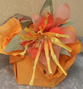 Оргинальная упаковка подарков и букетов