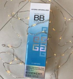 BB cream от Givenchy  01 light beige