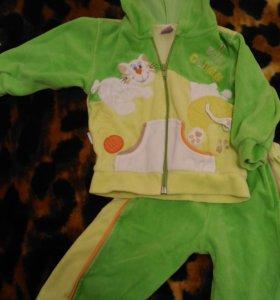 Детский костюм 74 р