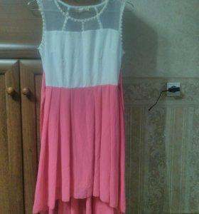 Новое нарядное  платье  40-42р