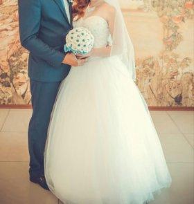 Свадебное платье в хорошем состояние