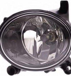 Фара противотуманная Audi Q5