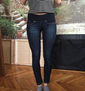 Скинни-джинсы