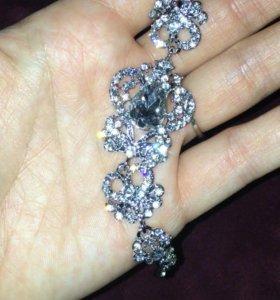 Браслет с кристаллами сваровски