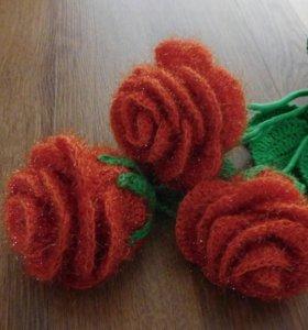 Вязаные цветы, игрушки в наличие и на заказ.