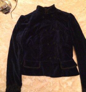 Пиджак бархатный с вышивкой
